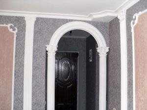 оформление арки лепным декором