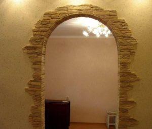 оформление арочного проёма под камень