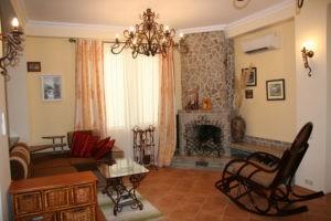 http://classical4u.ru/ Биокамин в интерьере квартиры - возможность применения в различных стилях