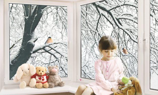 С окнами тепло и светло