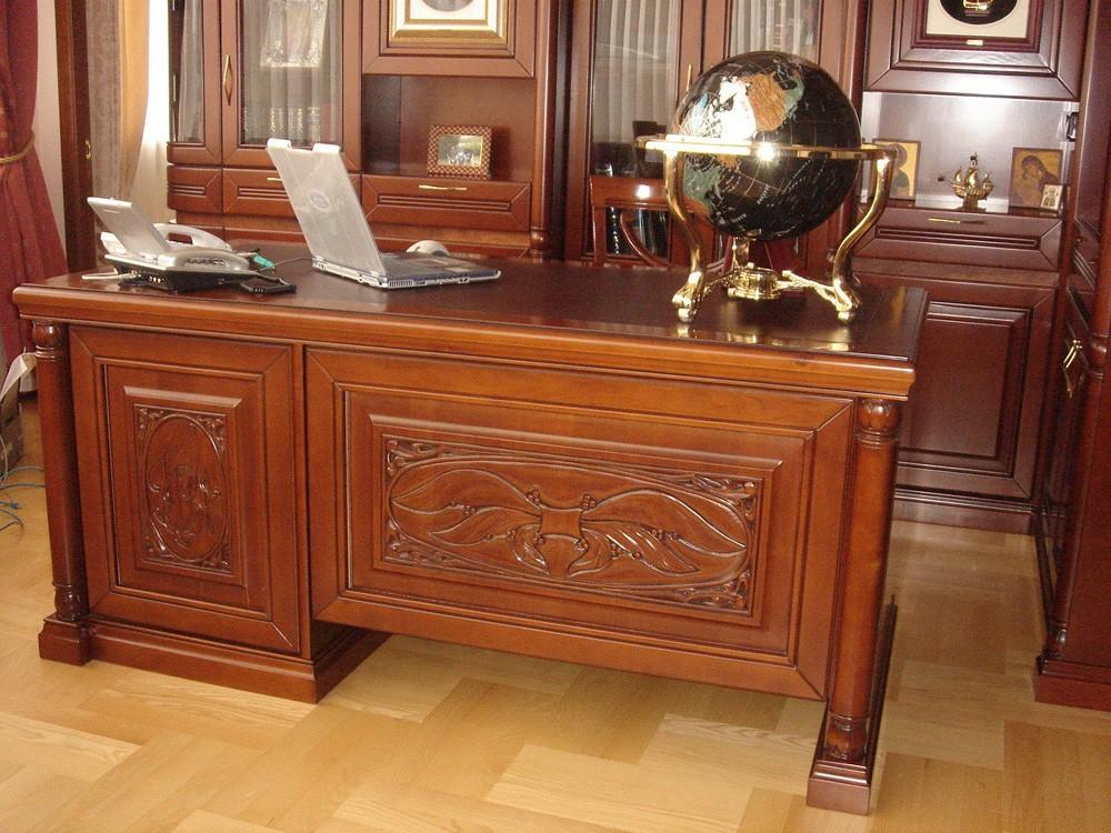 престижная мебель из натурального дерева