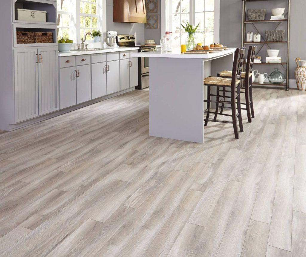 деревянный белый пол