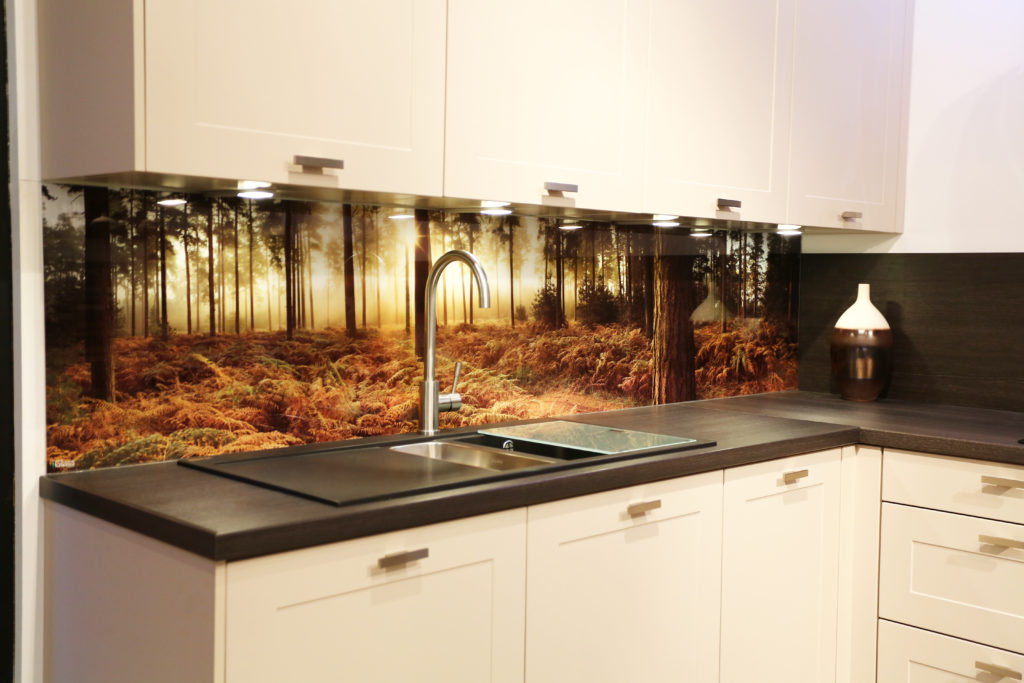 как выбрать стеновые панели для кухни