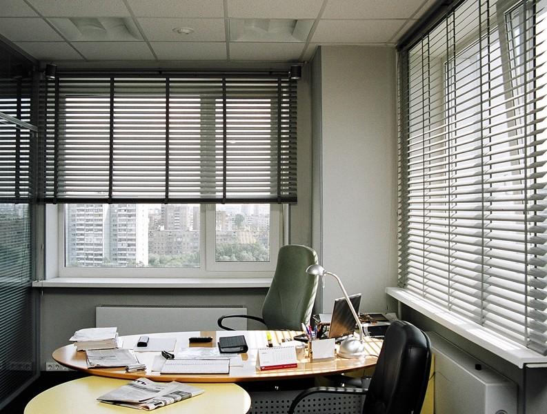 Как выбрать жалюзи в офисе