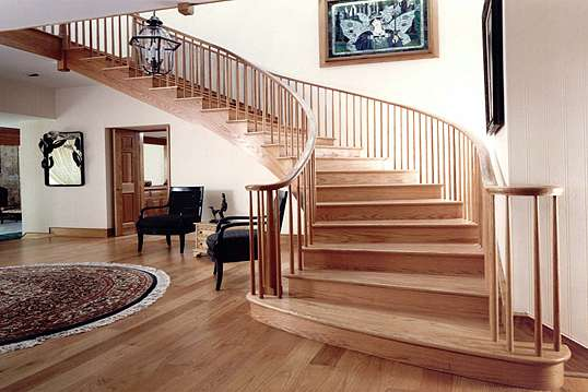 Как выбрать материал для лестницы