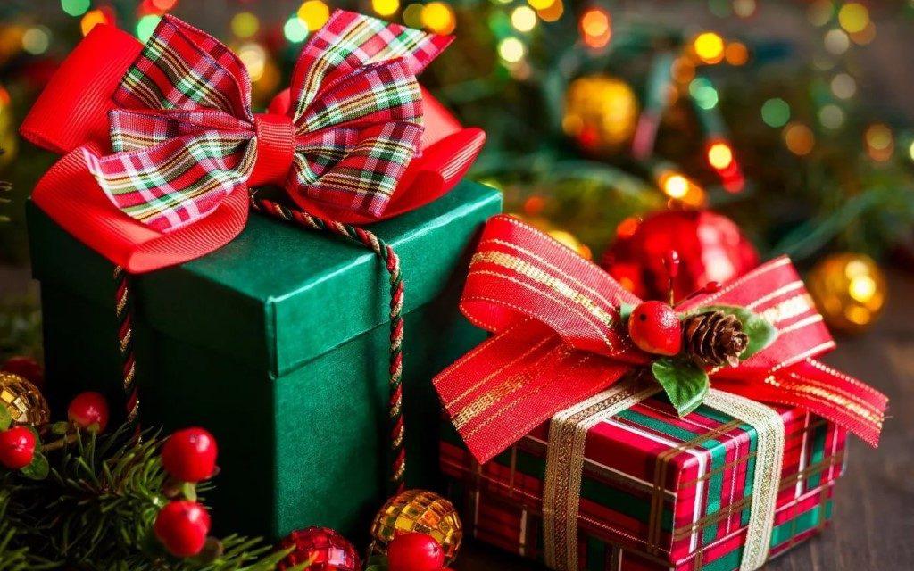 Идеи бюджетных подарков на Новый год