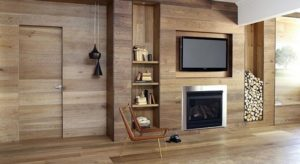 панели из дерева в интерьере гостинной