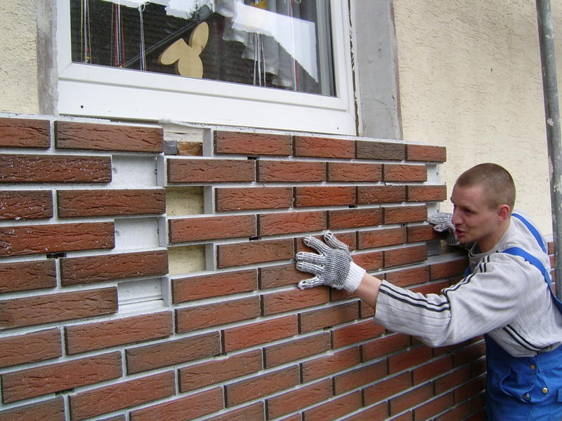 монтаж клинкерных фасадных термопанелей на стены